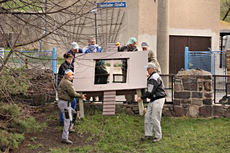 Entenhaus wieder aufgestellt neues aus gro steinberg for Fischbesatz teich